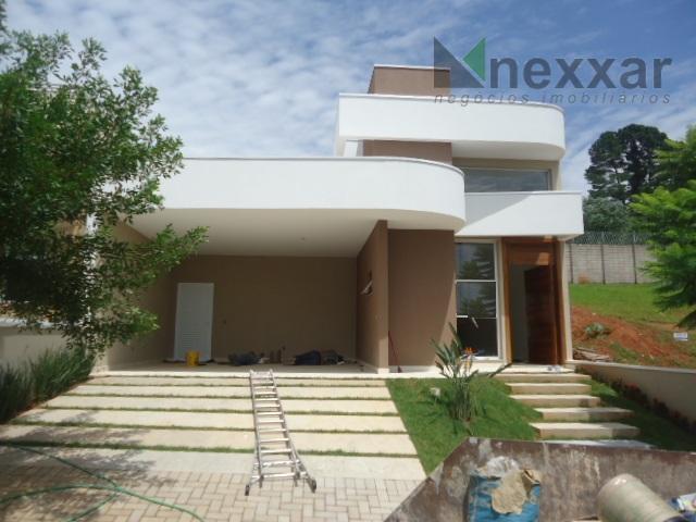 casa térrea, 3 suítes, 2 salas, espaço gourmet com churrasqueira, lavabo, cozinha, 2 garagens, exclente acabamento,...