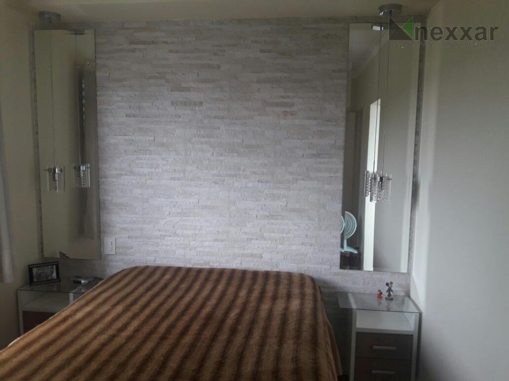 lindo apartamento com ampla sacada e vista panorâmica, com 3 dorms com armários (sendo 1 suíte),...