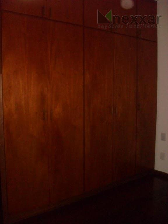 ótimo sobrado em condomínio próximo ao colégio porto seguro,com 4 dormitórios,sendo 1 suíte,sala para 3 ambientes,sala...