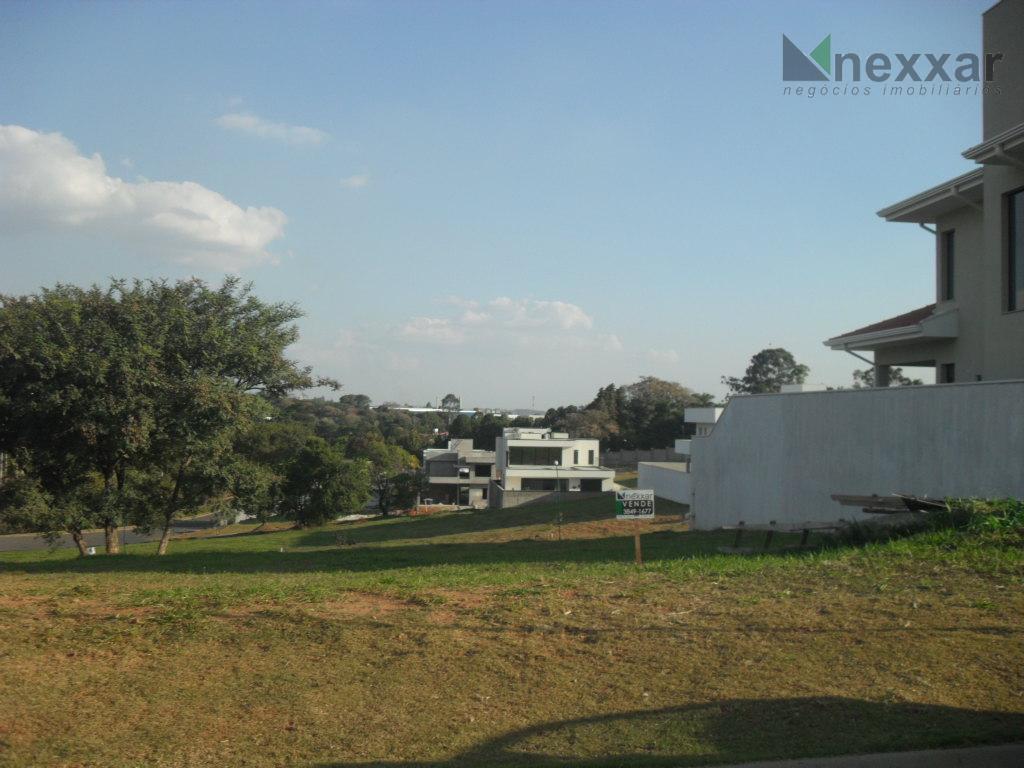 belíssimo lote na fase i com localização privilegiada, em condomínio cercado de muito verde.vale a pena...