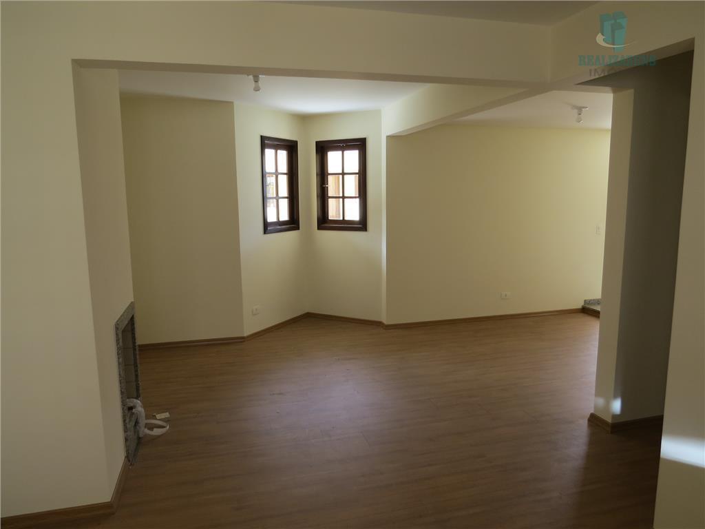 lindo sobrado residencial com 200,68 m2 de área total, 162,42 m2 de área útil e 39,40...