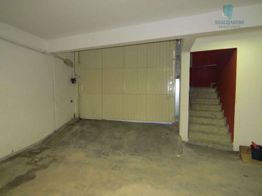 Garagem para 6 veículos