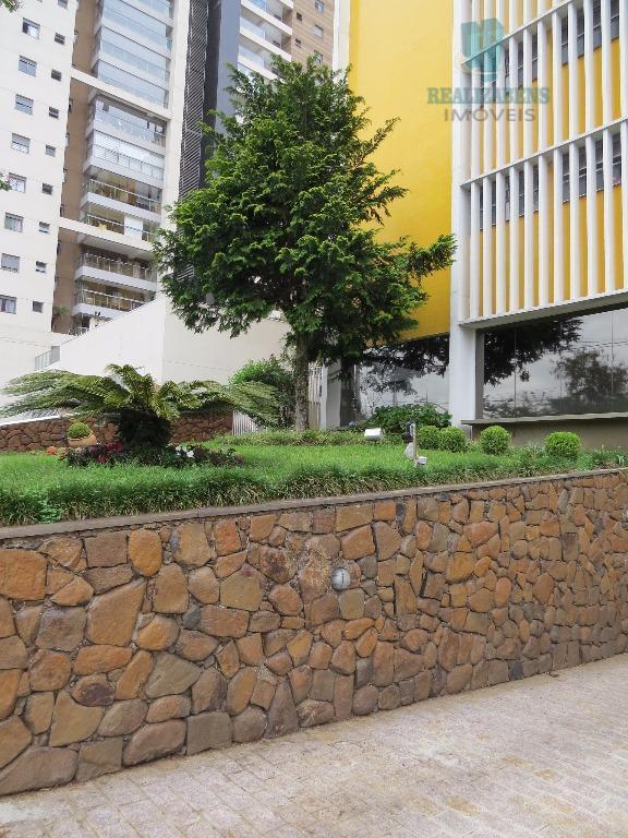 excelente e amplo apartamento localizado no batel, na avenida silva jardim quase esquina com a rua...