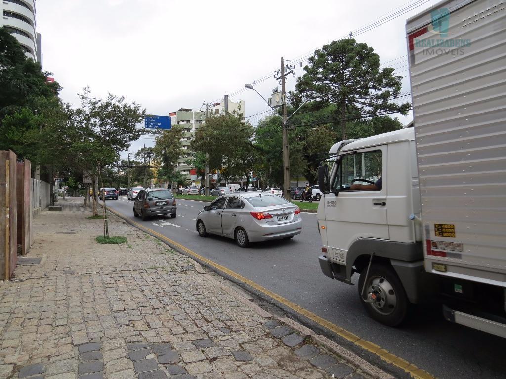 Av. Silva Jardim