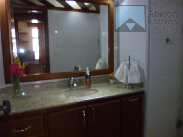 excelente apartamento composto de salão, 3 quartos sendo um suíte, banheiro social, cozinha, área de serviço...