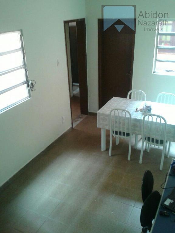 """""""""""linda!!!"""""""" rua santos moreira, 59 (vazia) salão 3 quartos (sendo 1 suíte) banheiro social c/ box..."""