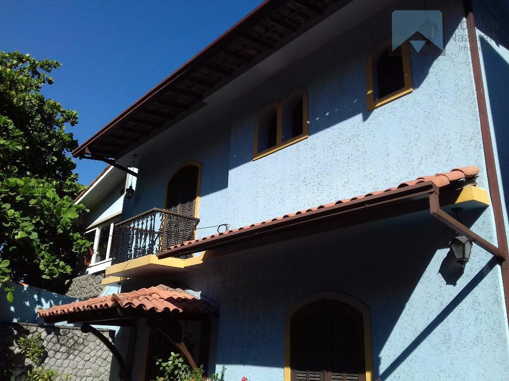 Casa residencial à venda, São Francisco, Niterói.