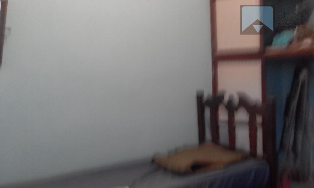 casa em excelente localização em icaraí composta de 2 varandas,sala em dois ambientes 2 quartos, bh...