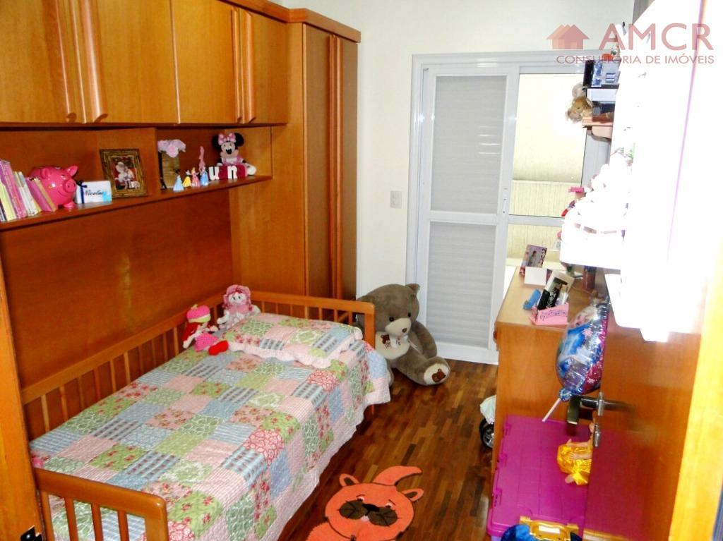 maravilhosa casa térrea, fino acabamento com materiais de qualidade, possui 3 dormitórios, sendo 1 suíte planejada...