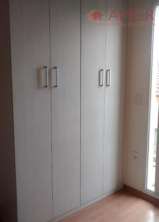 lindos sobrados em condomínio fechado com 3 dormitórios, sendo 1 suíte, sacada, wc social, lavabo, sala,...