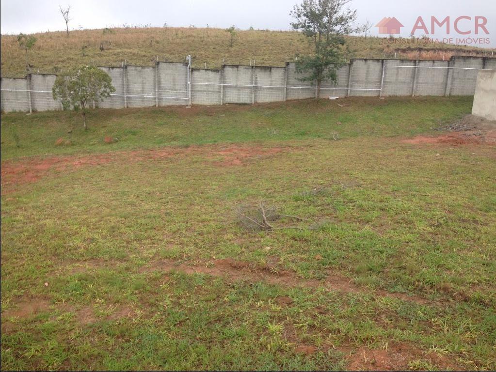 excelente terreno de 432 m² no condomínio aruã brisas ii, com topografia plana, em local alto...