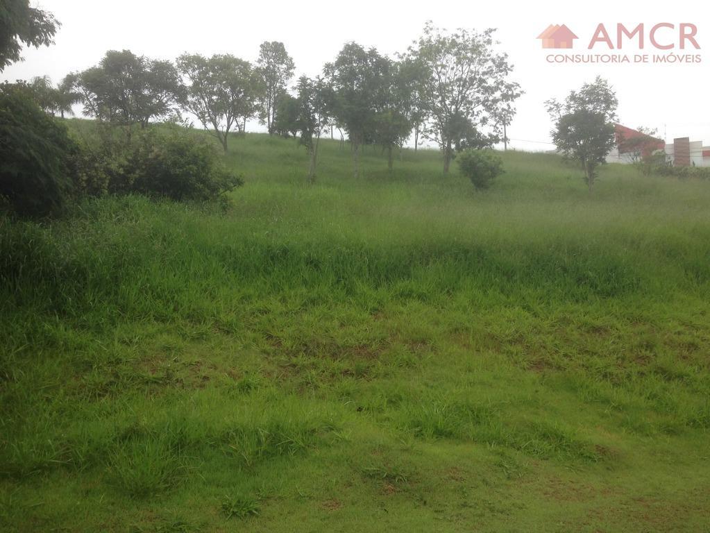 vendo urgente, por motivo de mudança, um excelente terreno de 600 m² (14 m x 43...