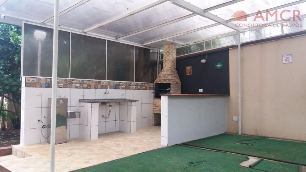 apartamento térreo padrão, sendo 2 dormitórios, sala para 2 ambientes, área de serviço, wc com box...