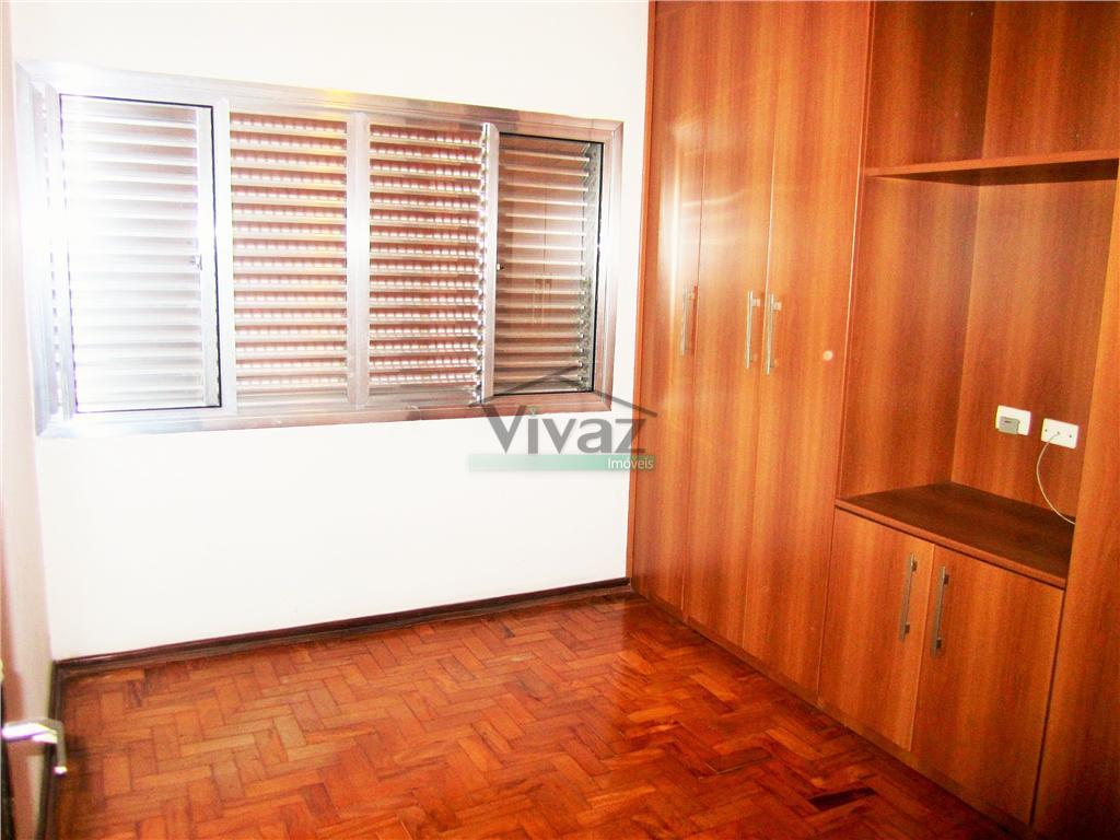 apartamento reformado com 2 dorms, sala, cozinha com arms, banheiro, área de serviço, iptu isento, documentação...
