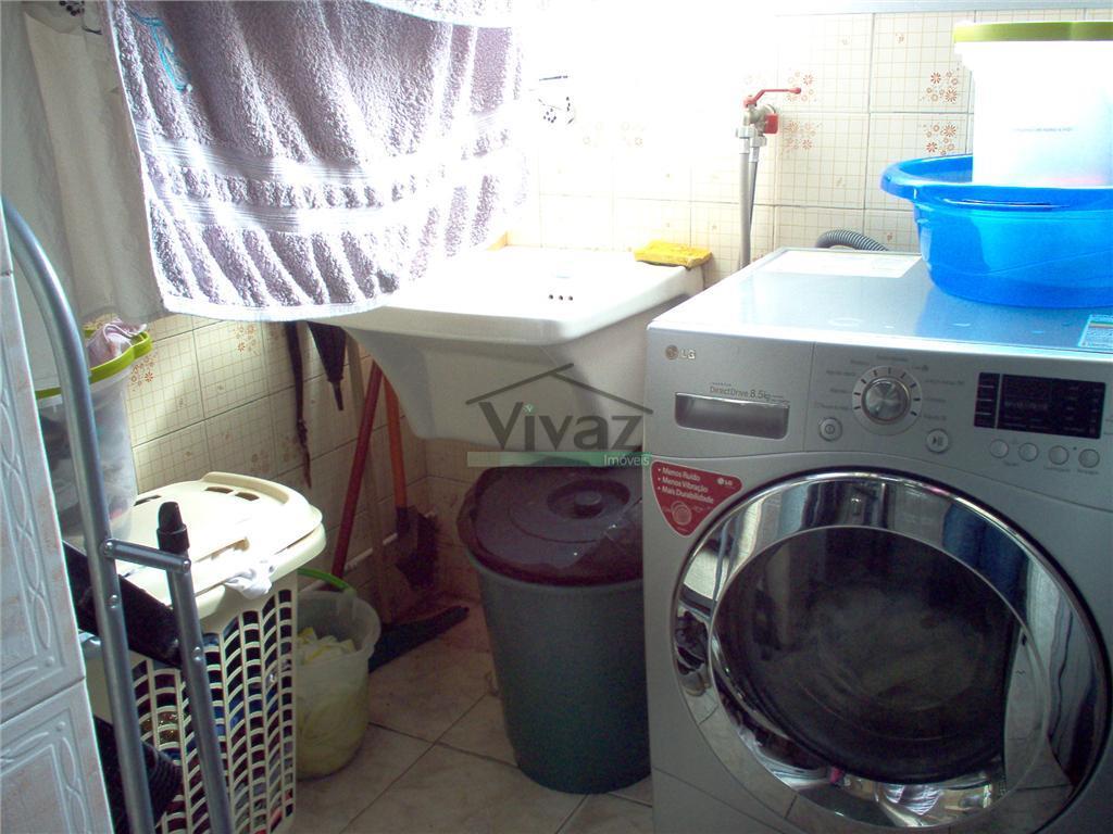 apartamento com 2 dorms, sala, cozinha, banheiro, área de serviço, wc de empregada, vaga de garagem,...