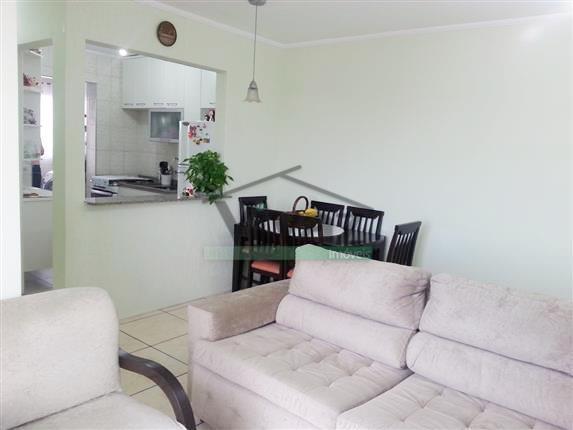 apartamento com 2 dorms, sala, cozinha, banheiro, área de serviço, 2 vagas de garagem, churrasqueira, playground,...