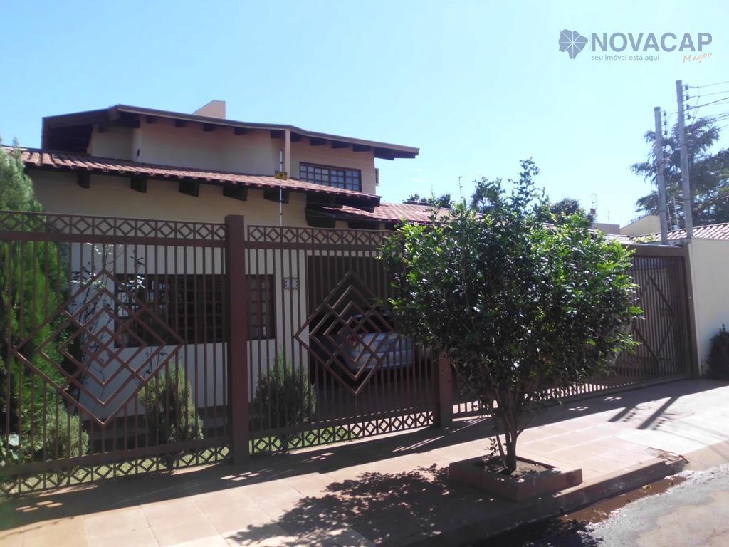 Sobrado residencial à venda, Chácara Cachoeira, Campo Grande - SO0102.