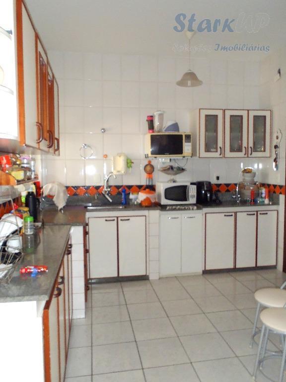 casa geminada 87 metros alípio de melo 04 quartos 01 suíte; 03 vaga de garagem; 04...