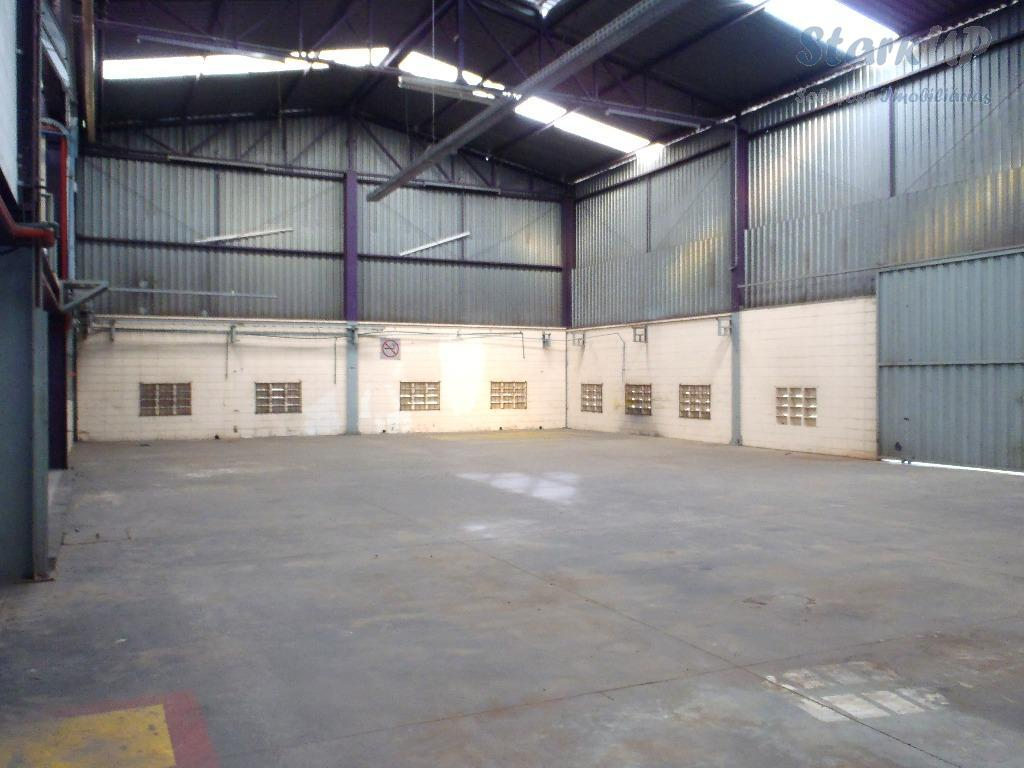 Alugue Industrial Galpão 2.500 M² Bairro São Francisco