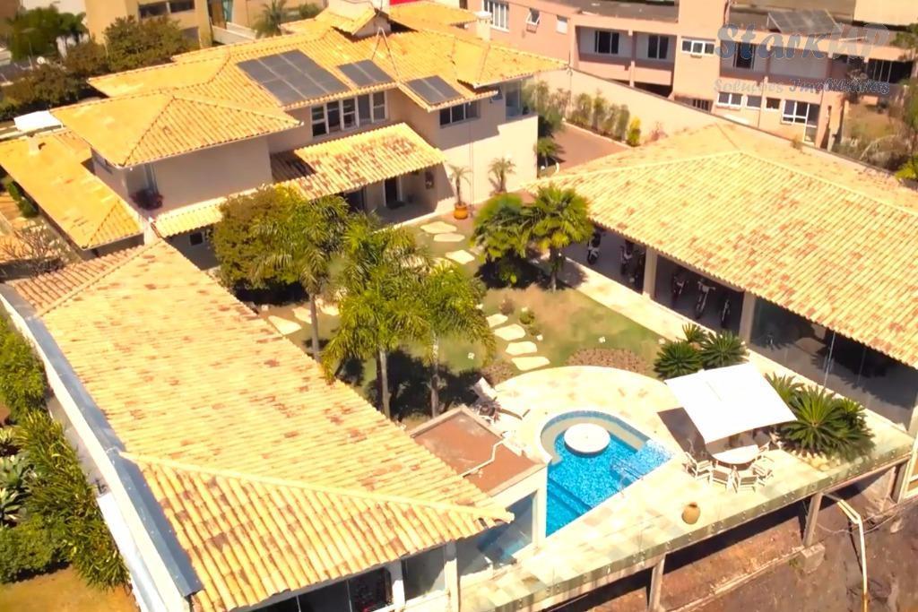 casa vila castela 5 quartos 5 suítes vista maravilhosa 1550 metros detalhes área total: 1.000,00; área...