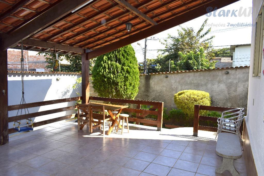 Casa 4 Quartos 4 Vagas com 233 m²  Alípio de Melo