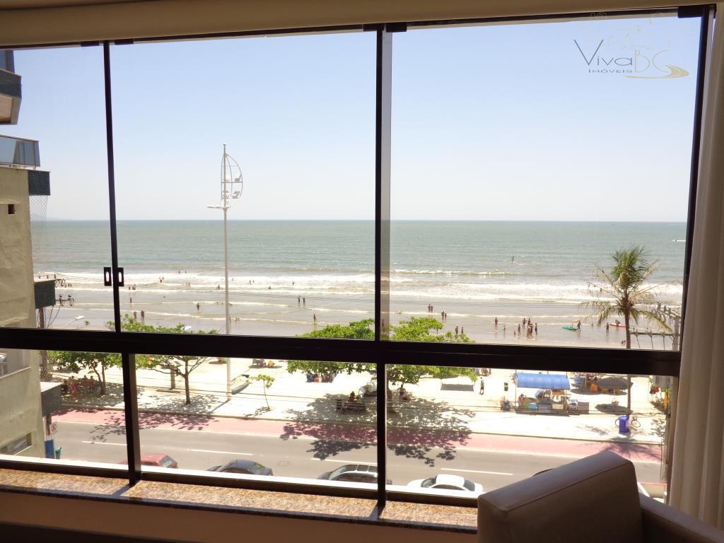 FRENTE MAR Barra Sul, um apartamento por andar,três suítes, na melhor localização de Balneário Camboriú