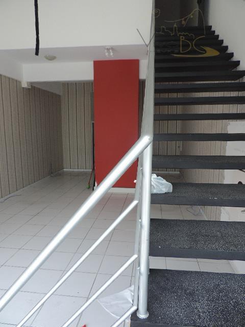 100m² de Frente para o Mar, sala comercial em localização imbatível para seu negócio.