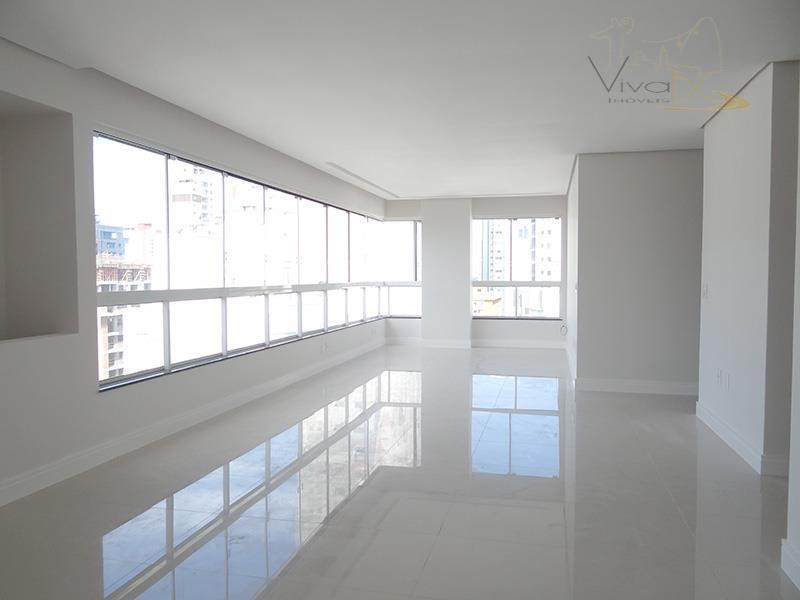 Excelente Apartamento na 2° Quadra, 3 suítes e 2 vagas com lazer completo - pronto para morar na Barra Norte.