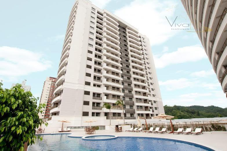 Excelente Apartamento 4 Dormitórios, sendo 2 Suites, Dependência Empregada, 2 Vagas Garagem, Bairro Fazenda, Itajaí