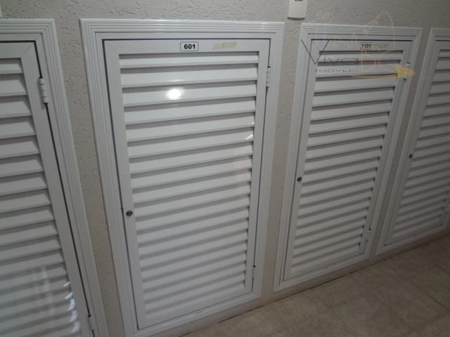 vende-sebalneário camboriú - scexcelente apartamento finamente mobiliado decorado e equipado, composto por 3 dormitórios sendo 1...