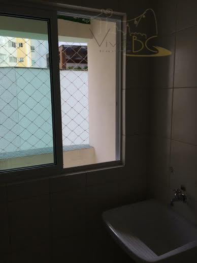 vende - secentro - barra sulbalneário camboriú scapartamento:excelente apartamento com 3 dormitórios, sendo 1 suíte, living...