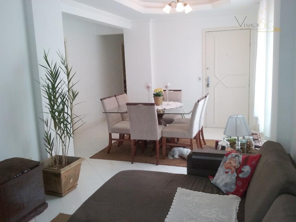 Excelente apartamento com 3 dormitórios, sendo 2 suítes, 1 vaga de garagem com vista para o mar - ACEITA PERMUTA DE CASA