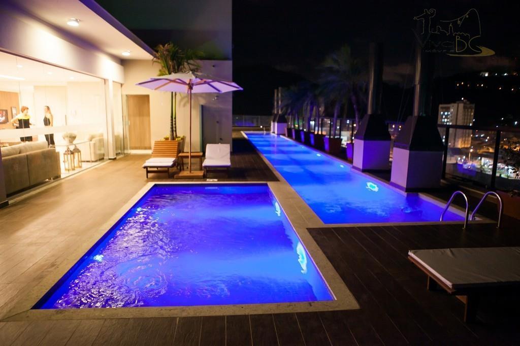 Incrível e Luxuoso Apartamento com Linda Vista 360 Graus da Cidade a Poucos km de Balneário CAmboriú