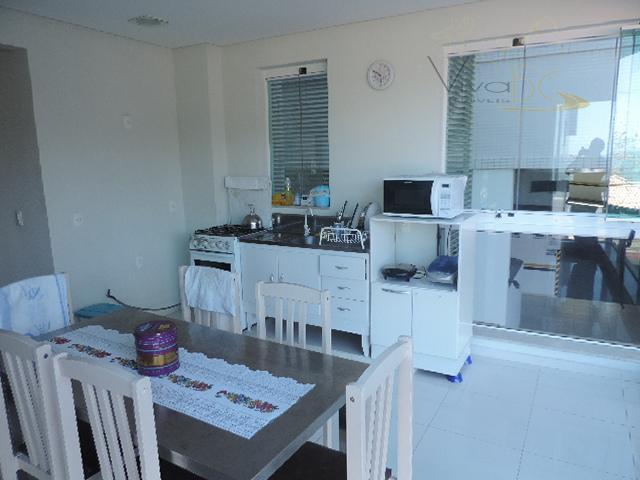 vende-sefrente marbalneário camboriú scapartamento:ótimo apto de frente para o mar, com 4 dormitórios, sendo 2 suítes...