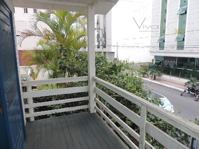 aluga-se anual - comercial2°quadra do marbalneário camboriú sccasa de madeira:ótima casa para ponto comercial a 300...