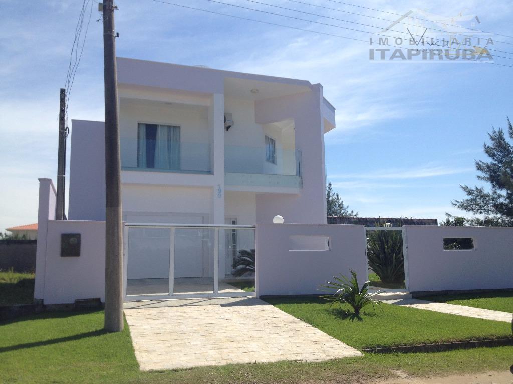 vende-sezona a5 - 100 metros do marbalneário de itapirubá sccasa com 2 pavimentos:maravilhosa casa com 2...