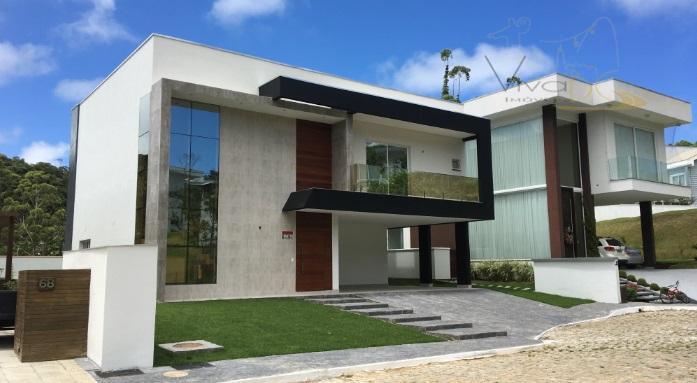 Maravilhosa Casa Duplex no Condomínio Haras do Rio do Ouro, 3 Suítes, sendo 1 Master c/ Closet e Hidro, 6 Vagas e Lazer Completo