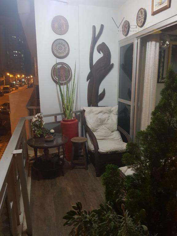 Ótimo Apto Dif. com 2 Dormitórios, amplo Terraço,Semi Mobiliado, no Pioneiros, 1 Vaga Rotativa não Trancada.