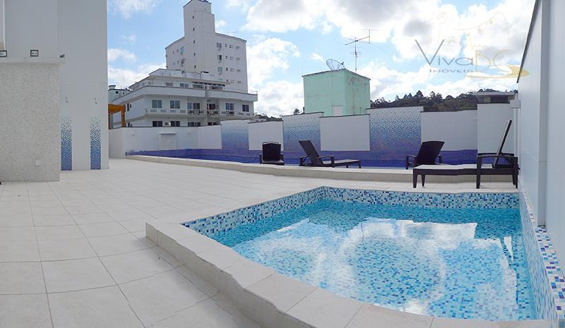 vende-sebairro pioneirosbalneário camboriú scapartamento:maravilhoso apartamento diferenciado,finamente mobiliado, decorado e equipado, com três amplas suítes; com 133...