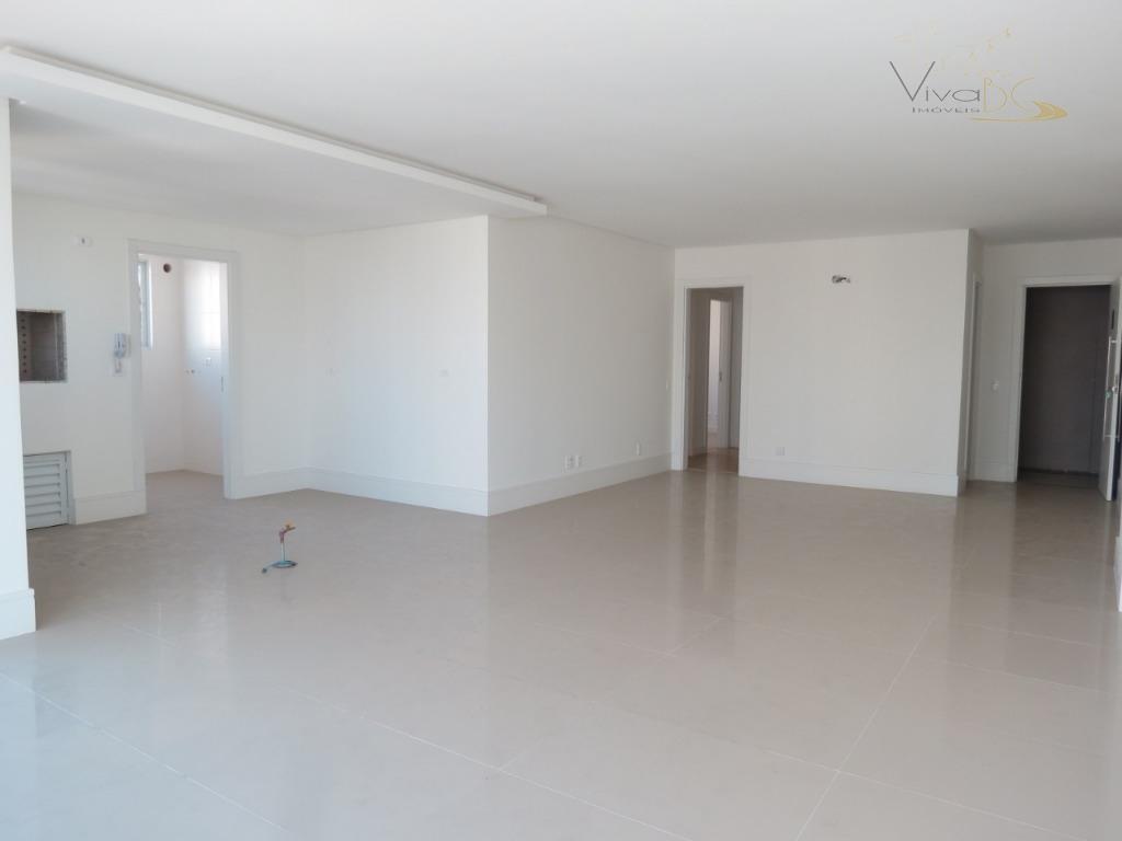Apartamento 4 suites alto padrão centro BC