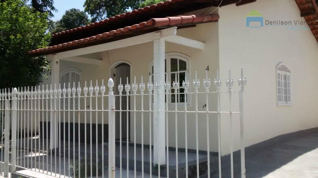 Casa  residencial para locação no Centro de Itaboraí em condomínio fechado