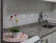 com 2 dormitórios , sala com varanda, cozinha planejada, 1 vaga, aceita financiamento, marque sua visita.