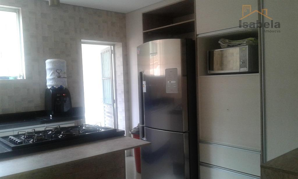 sobrado totalmente reformado, preço a baixo do valor de mercado, sendo 02 suites, sala 02 ambientes,...