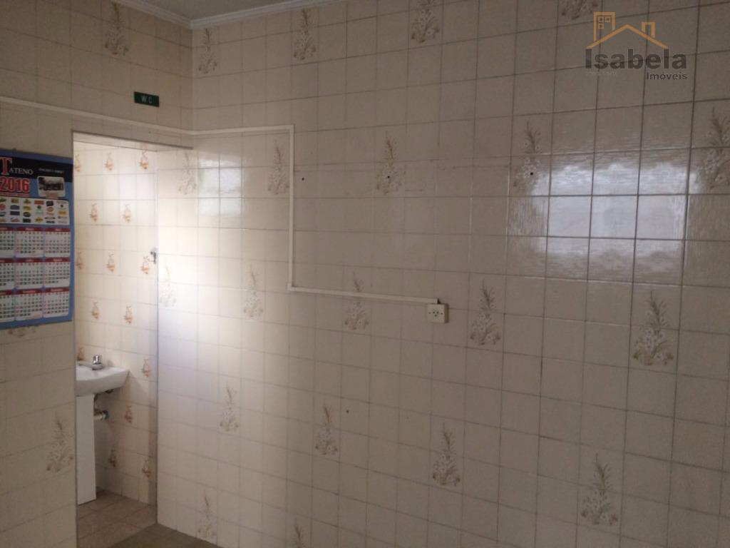maravilhos sobrado com 210 m², 3 dorms, sendo 2 suítes, 4 vagas, 5 banheiros, lavanderia e...