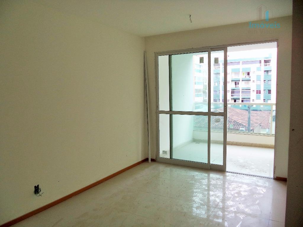 Apartamento 2 quartos (1 suíte) e lazer na Quadra da Praia, Jardim Camburi, Vitória.