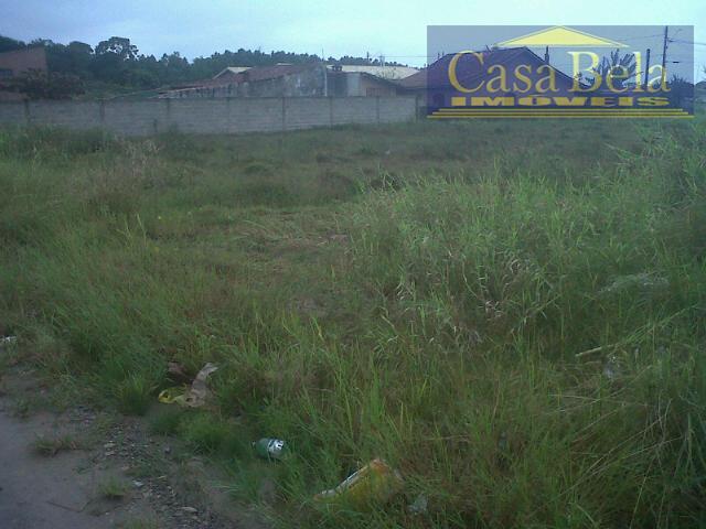 Terreno residencial de esquina para desmembrar em 3 lotes e vende los isoladamente ou construir 3 casas geminadas.
