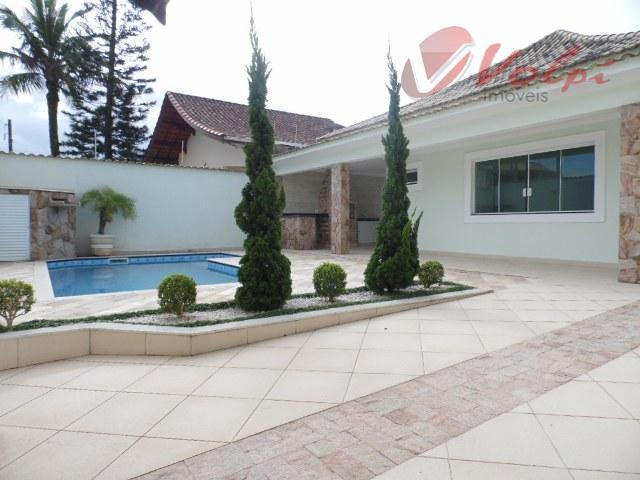 Balneário Flórida em alto estilo! Casa a 100 metros da praia, com 3 suítes! Novíssima!!!