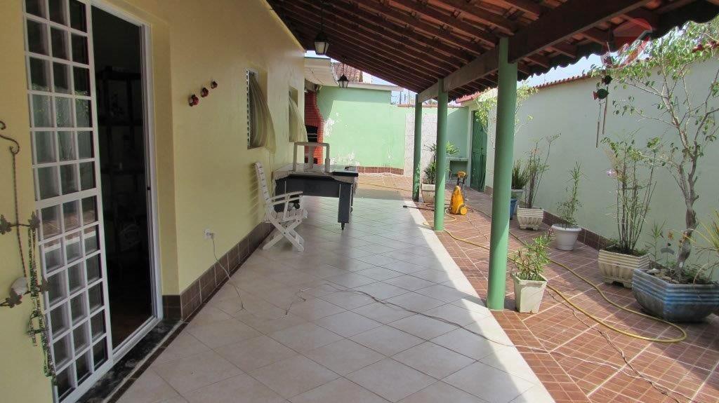 Casa  residencial à venda, Solemar, Praia Grande.