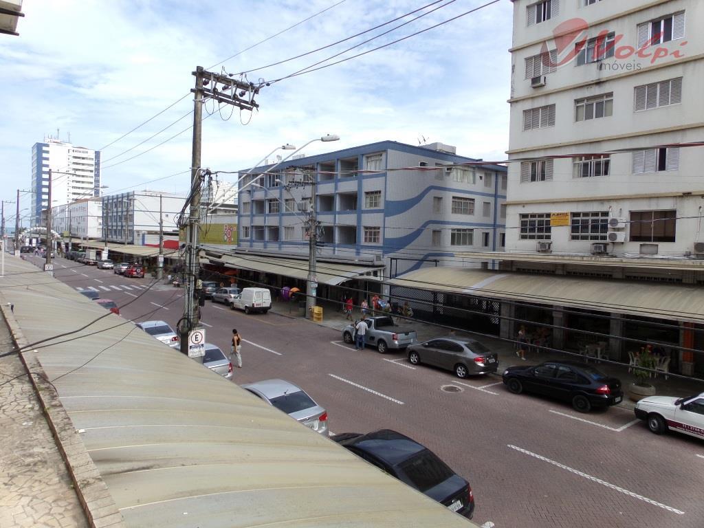 Apartamento com 2 dormitórios, na Av. Costa e Silva, Boqueirão, Praia Grande!