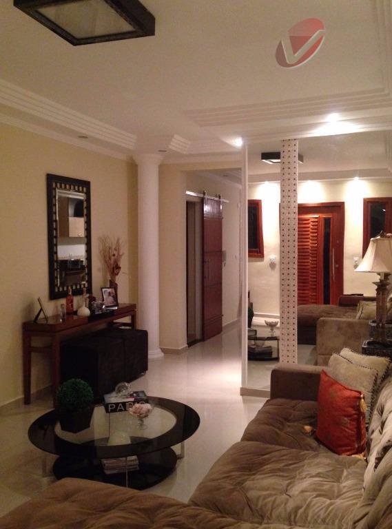 Divina Arquitetura, casa com 4 dormitórios, sendo 2 suítes!